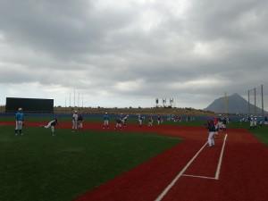 東京経済大学硬式野球部 小中校生と合同練習