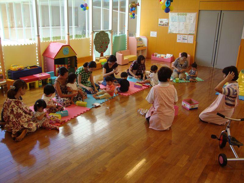 子ども家庭支援センター 8/5催し「夏のおもちゃづくり2」