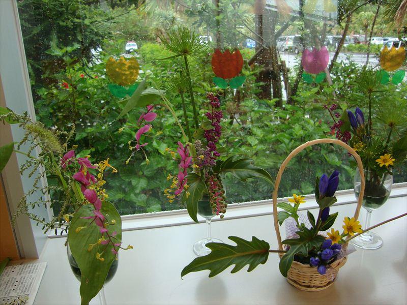 子ども家庭支援センター 9/9催し「ミニ花を楽しむ」